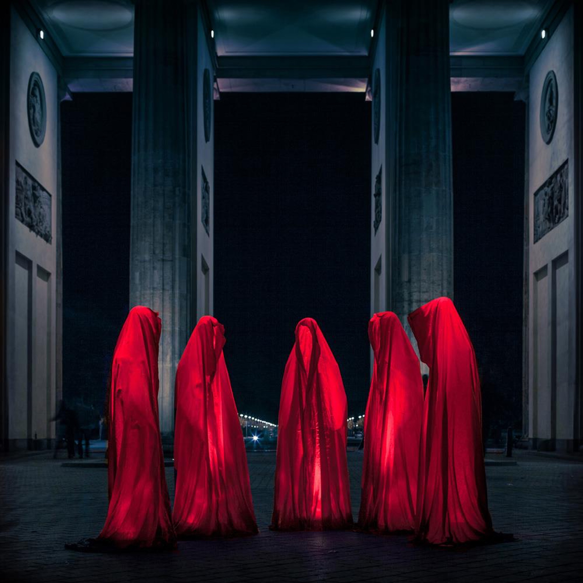 Faceless I (2013) by Markus Studtmann - Pako Campo