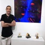 Pablo Peña with his artworks - Pako Campo
